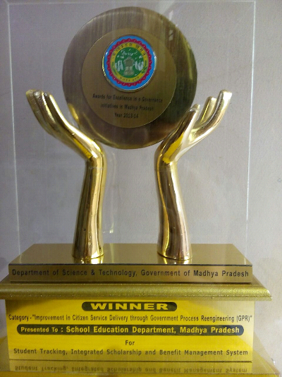Winners' Trophy State eGovenance Award 2013-14